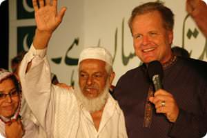 Muslim_man_and_Peter